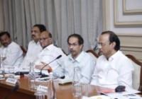 महाराष्ट्र सरकार ने राज्य में फंसे प्रवासी मजदूरों को अपने गृह राज्य लौटने की अनुमति दी