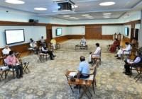 पीएम मोदी ने विदेशी निवेश बढ़ाने के लिए अहम बैठक की