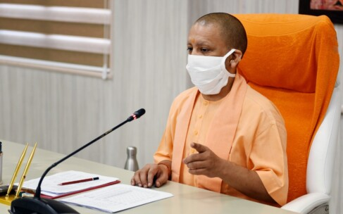 मुख्यमंत्री योगी आदित्यनाथ ने अमितशाह को दी जन्मदिन की बधाई