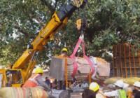 अयोध्या में श्री रामजन्मभूमि मंदिर निर्माण हेतु तराशे गए पत्थरों को कार्यशाला से मंदिर परिसर में लाने का काम शुरू