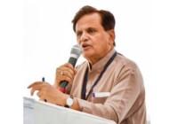 अहमद पटेल के निधन पर प्रधानमंत्री, उपराष्ट्रपति, कांग्रेस नेता सोनिया गाँधी, राहुल गांधी और प्रियंका गाँधी समेत कई नेताओं ने दुःख जताया