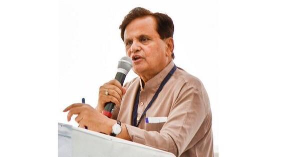 कांग्रेस पार्टी के वरिष्ठ नेता अहमद पटेल का आज 71 साल की उम्र में हुआ निधन