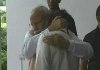 प्रधानमंत्री मोदी को छोड़ने निकले इसरो चीफ रो पड़े
