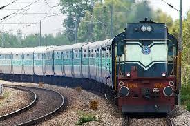 रेलवे ने ट्रेनों में 50 लाख प्रवासियों को 85 लाख भोजन और 1.25 करोड़ पानी की बोतलें मुफ्त वितरित की