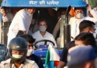 कृषि बिल के विरोध में राहुल गांधी ने पंजाब से हरियाणा तक निकली ट्रैक्टर रैली बोले हमारी सरकार आई तो खत्म करेंगे ये कानून