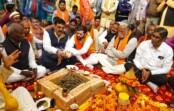 बीजेपी विधायक सतीश शर्मा और बैजनाथ रावत ने किया सिल्हौरघाट पुल निर्माण के लिए भूमिपूजन